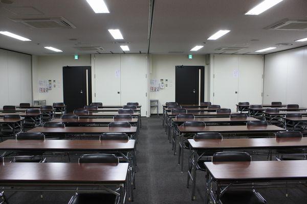 福岡商工会議所 貸会議室402〜403号室