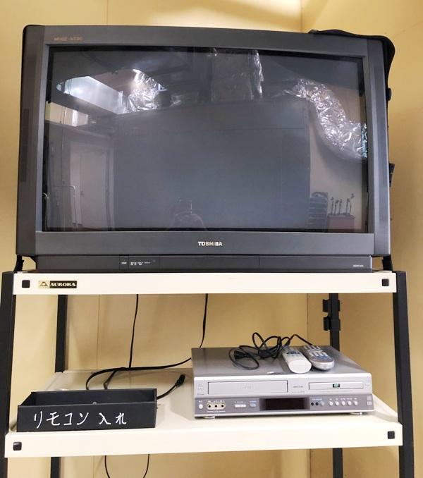 テレビ(36インチ)+DVDプレーヤー